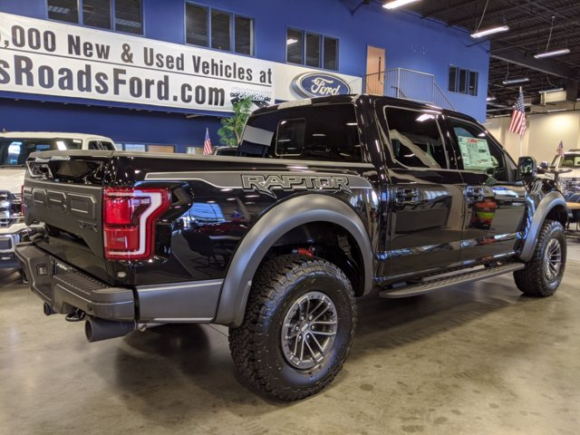 2020 Ford F-150 SuperCrew Cab 4x4, Pickup #T207179 - photo 2