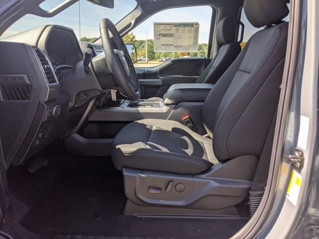 2020 Ford F-150 SuperCrew Cab 4x4, Pickup #T207347 - photo 16