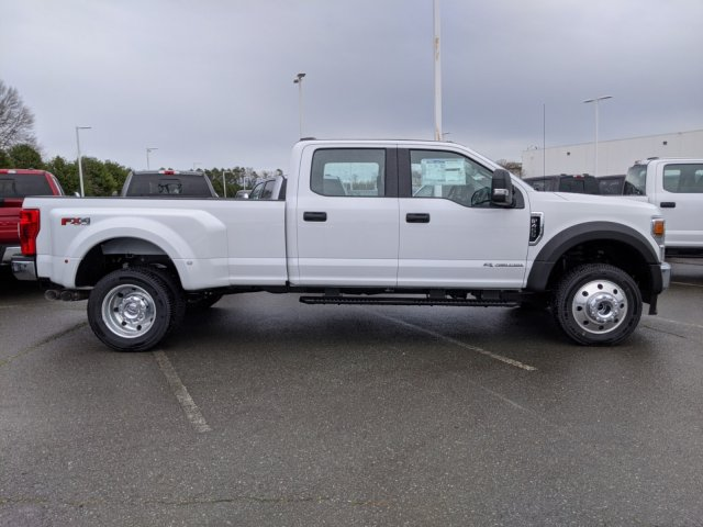 2020 F-450 Crew Cab DRW 4x4, Pickup #T208024 - photo 4