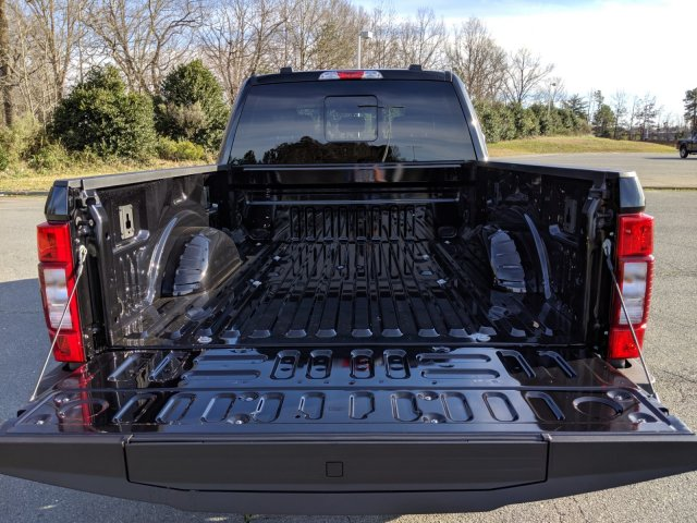 2020 F-250 Crew Cab 4x4, Pickup #T208026 - photo 24