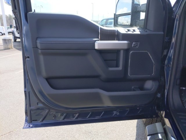 2020 Ford F-350 Crew Cab 4x4, Pickup #T208042 - photo 11