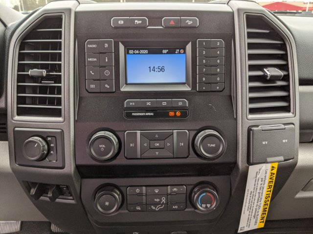 2020 Ford F-450 Crew Cab DRW 4x4, Pickup #T208046 - photo 19