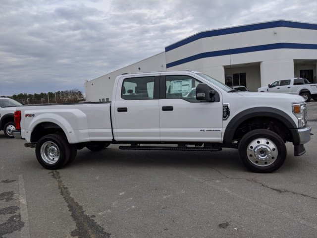 2020 Ford F-450 Crew Cab DRW 4x4, Pickup #T208046 - photo 4
