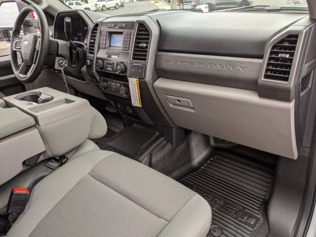 2020 Ford F-450 Crew Cab DRW 4x4, Pickup #T208046 - photo 30