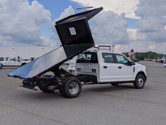 2020 Ford F-350 Crew Cab DRW RWD, PJ's Platform Body #T208060 - photo 7