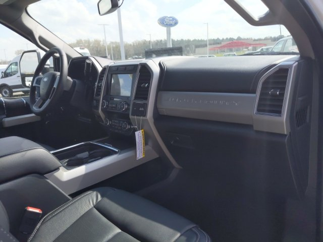 2020 Ford F-350 Crew Cab 4x4, Pickup #T208067 - photo 35