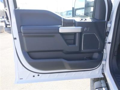 2020 Ford F-350 Crew Cab 4x4, Pickup #T208067 - photo 11