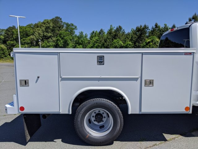 2020 F-350 Crew Cab DRW 4x4, Reading SL Service Body #T208091 - photo 33
