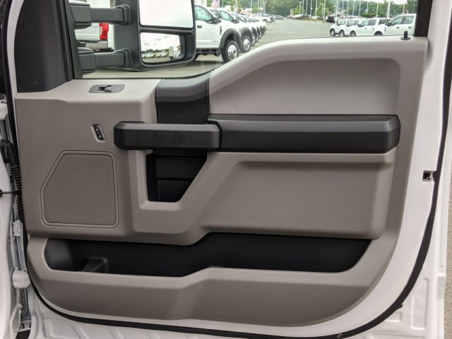 2020 Ford F-350 Crew Cab DRW RWD, PJ's Platform Body #T208099 - photo 27