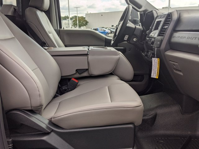2020 Ford F-550 Regular Cab DRW 4x2, PJ's Platform Body #T208167 - photo 30
