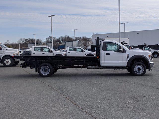 2020 Ford F-550 Regular Cab DRW 4x2, PJ's Platform Body #T208201 - photo 4