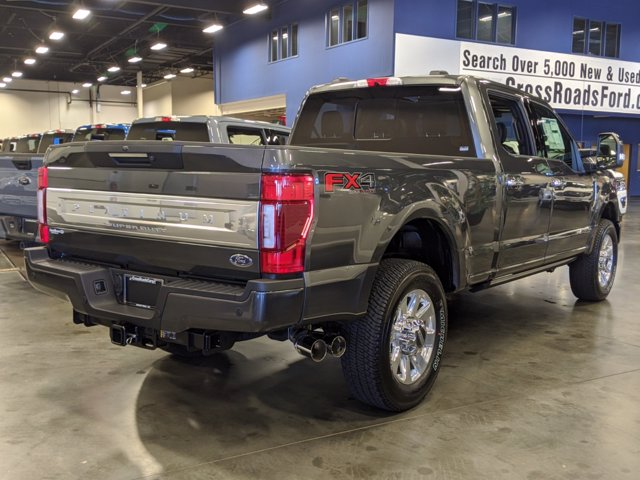 2020 Ford F-250 Crew Cab 4x4, Pickup #T208204 - photo 4
