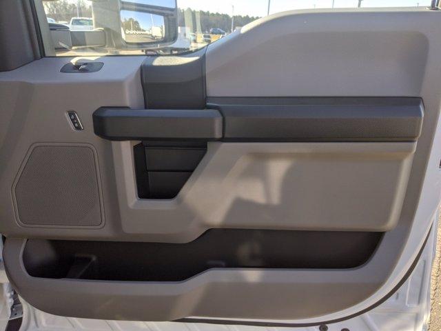 2020 Ford F-550 Regular Cab DRW 4x4, PJ's Landscape Dump #T208213 - photo 27