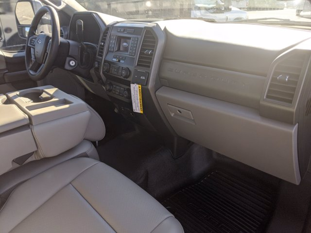 2020 Ford F-550 Regular Cab DRW 4x4, PJ's Landscape Dump #T208213 - photo 33