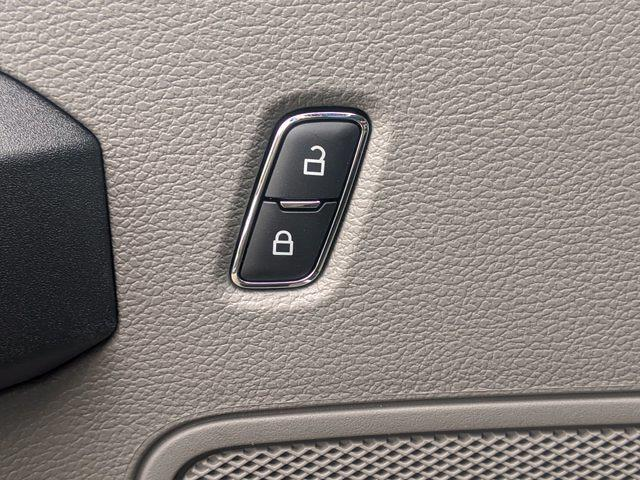 2020 Ford F-350 Regular Cab DRW 4x4, PJ's Platform Body #T208223 - photo 17