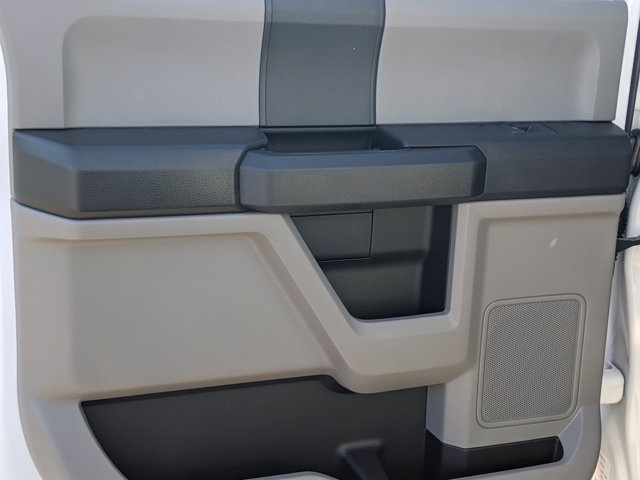 2020 Ford F-350 Crew Cab DRW 4x2, Knapheide PGNB Gooseneck Platform Body #T208282 - photo 24