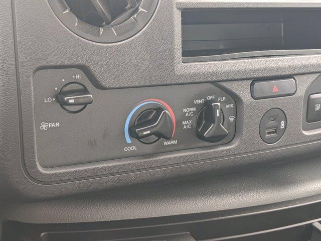 2021 Ford E-450 RWD, Rockport LE Cutaway Van #T216018 - photo 19