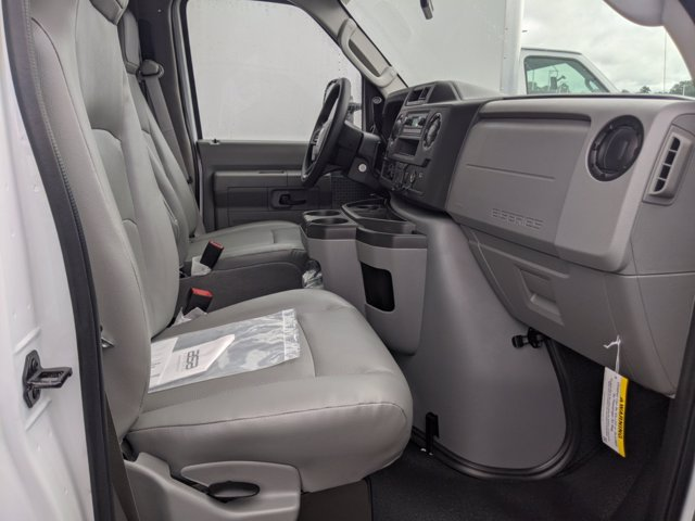 2021 Ford E-450 RWD, Rockport LE Cutaway Van #T216018 - photo 27