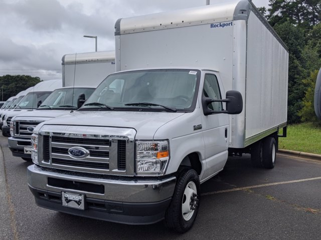 2021 Ford E-450 RWD, Rockport LE Cutaway Van #T216018 - photo 1