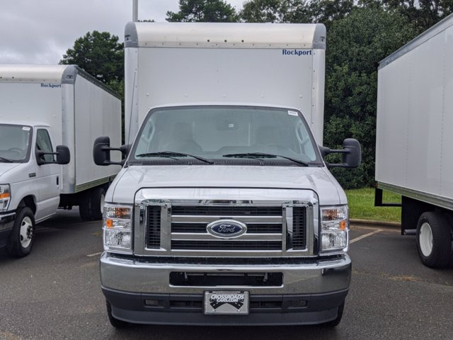 2021 Ford E-450 RWD, Rockport LE Cutaway Van #T216018 - photo 6