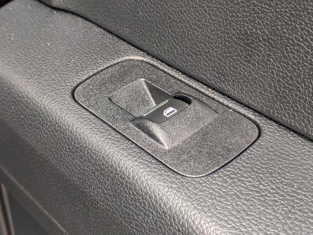 2019 Ford F-150 SuperCrew Cab 4x4, Pickup #T217006A - photo 39