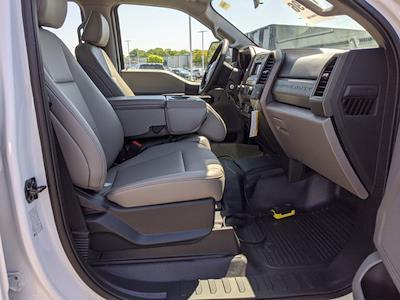 2021 Ford F-550 Crew Cab DRW 4x4, PJ's Platform Body #T218037 - photo 35