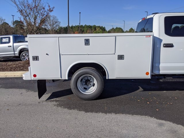 2021 Ford F-350 Crew Cab DRW 4x4, Reading Service Body #T218050 - photo 37