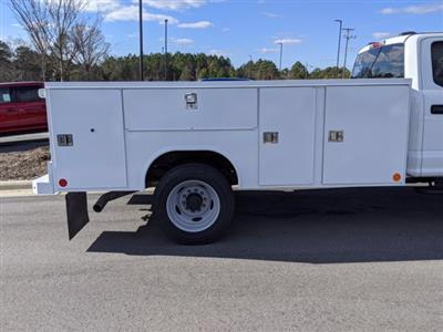 2021 Ford F-450 Crew Cab DRW 4x2, Reading Service Body #T218051 - photo 37