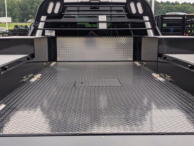 2021 Ford F-550 Crew Cab DRW 4x2, CM Truck Beds Platform Body #T218162 - photo 31