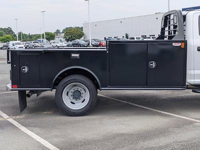 2021 Ford F-550 Crew Cab DRW 4x2, CM Truck Beds Platform Body #T218162 - photo 32