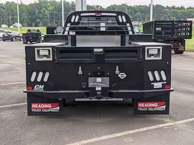 2021 Ford F-550 Crew Cab DRW 4x2, CM Truck Beds Platform Body #T218162 - photo 4