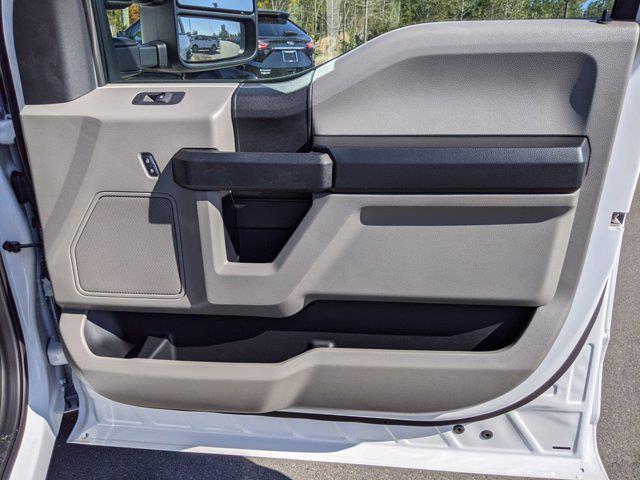 2021 Ford F-350 Crew Cab DRW 4x2, Platform Body #T218169 - photo 44