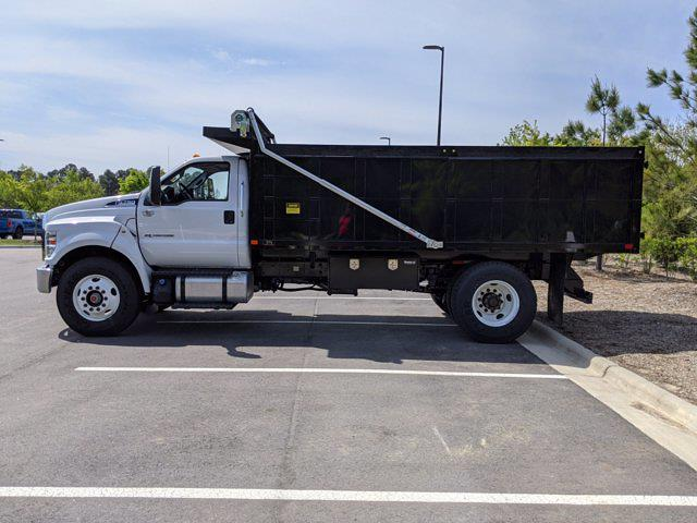 2022 Ford F-750 Regular Cab DRW 4x2, Landscape Dump #T280010 - photo 6