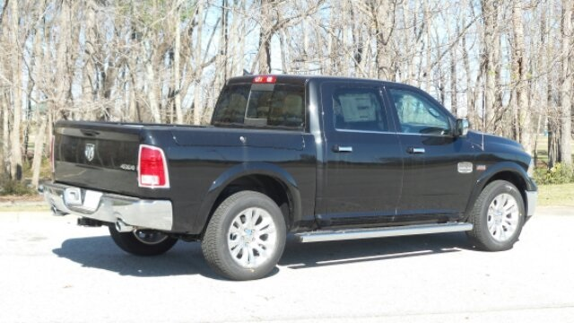 2018 Ram 1500 Crew Cab 4x4,  Pickup #R1011 - photo 22