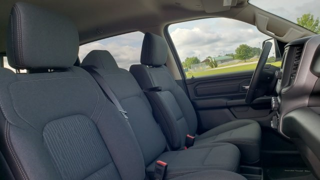 2019 Ram 1500 Crew Cab 4x4,  Pickup #R1142 - photo 32