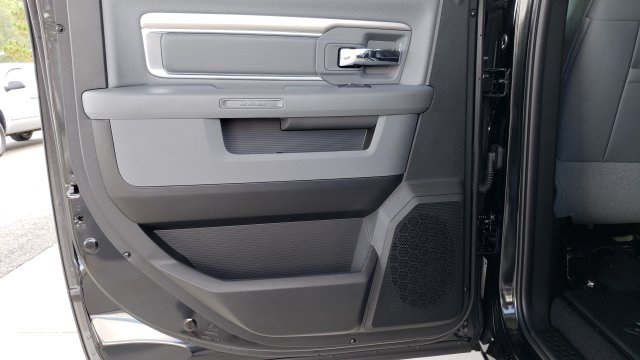 2019 Ram 1500 Crew Cab 4x4,  Pickup #R1176 - photo 33