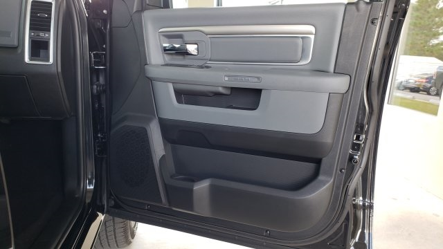 2019 Ram 1500 Crew Cab 4x4,  Pickup #R1176 - photo 35