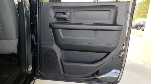 2019 Ram 1500 Crew Cab 4x2,  Pickup #R1179 - photo 33