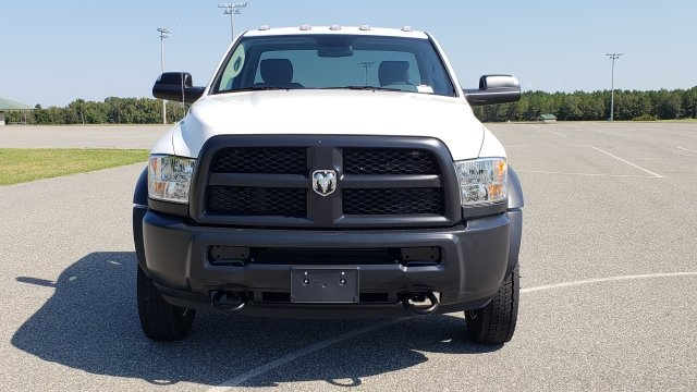 2018 Ram 5500 Regular Cab DRW 4x2,  Cab Chassis #R1181 - photo 17
