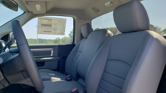 2018 Ram 5500 Regular Cab DRW 4x2,  Cab Chassis #R1181 - photo 25
