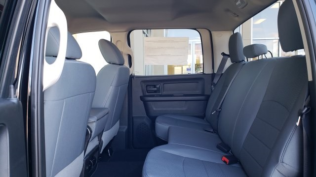 2019 Ram 1500 Crew Cab 4x2,  Pickup #R1206 - photo 26