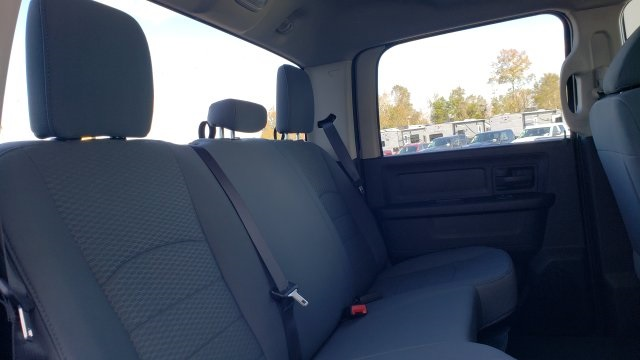 2019 Ram 1500 Crew Cab 4x2,  Pickup #R1206 - photo 28