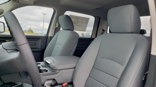 2019 Ram 1500 Crew Cab 4x2,  Pickup #R1214 - photo 23