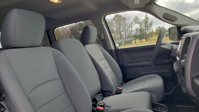 2019 Ram 1500 Crew Cab 4x2,  Pickup #R1214 - photo 26