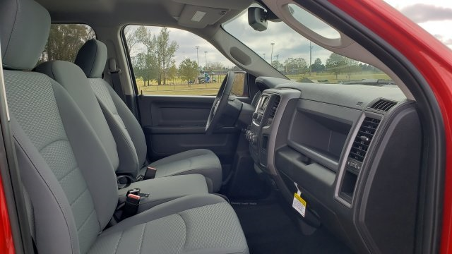 2019 Ram 1500 Crew Cab 4x2,  Pickup #R1214 - photo 27