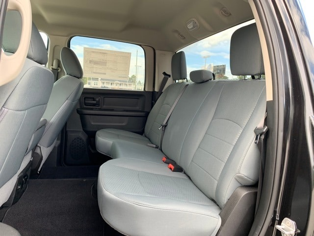 2019 Ram 1500 Crew Cab 4x2,  Pickup #R1219 - photo 17