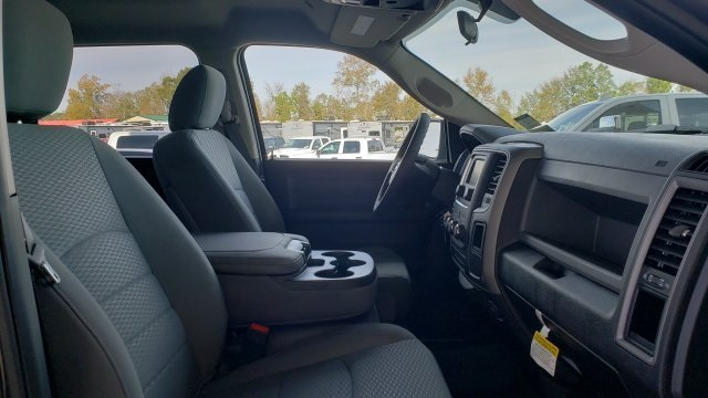2019 Ram 1500 Crew Cab 4x2,  Pickup #R1270 - photo 26