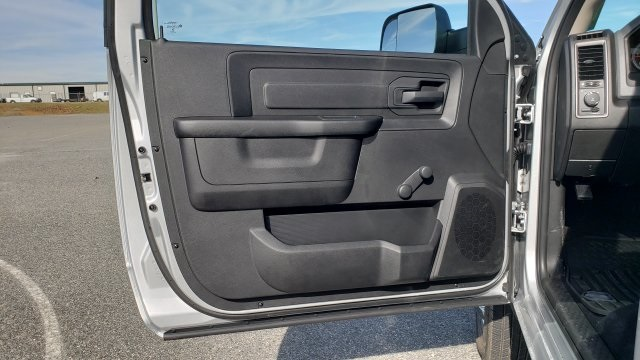 2018 Ram 3500 Regular Cab DRW 4x4,  Cab Chassis #R1288 - photo 24