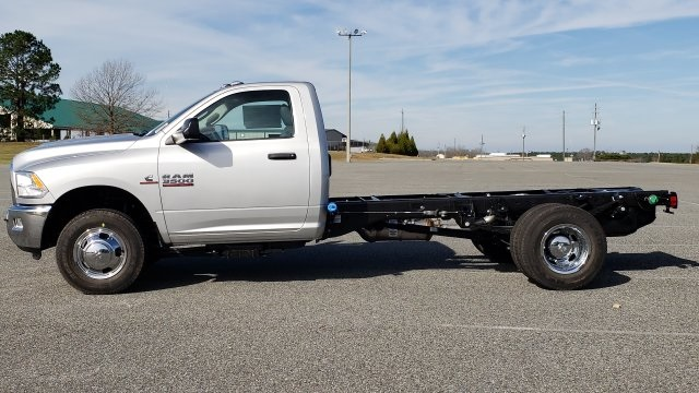 2018 Ram 3500 Regular Cab DRW 4x4,  Cab Chassis #R1288 - photo 8