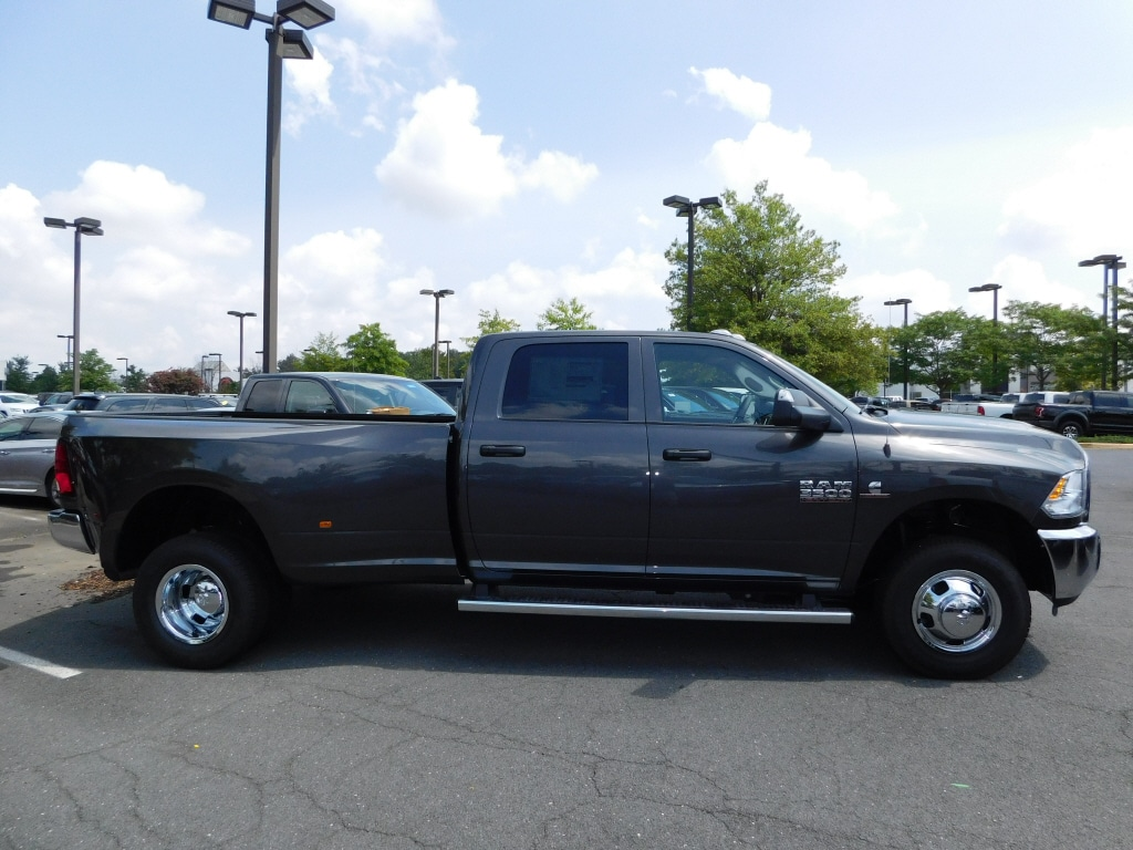 2018 Ram 3500 Crew Cab DRW 4x4,  Pickup #JG305420 - photo 5